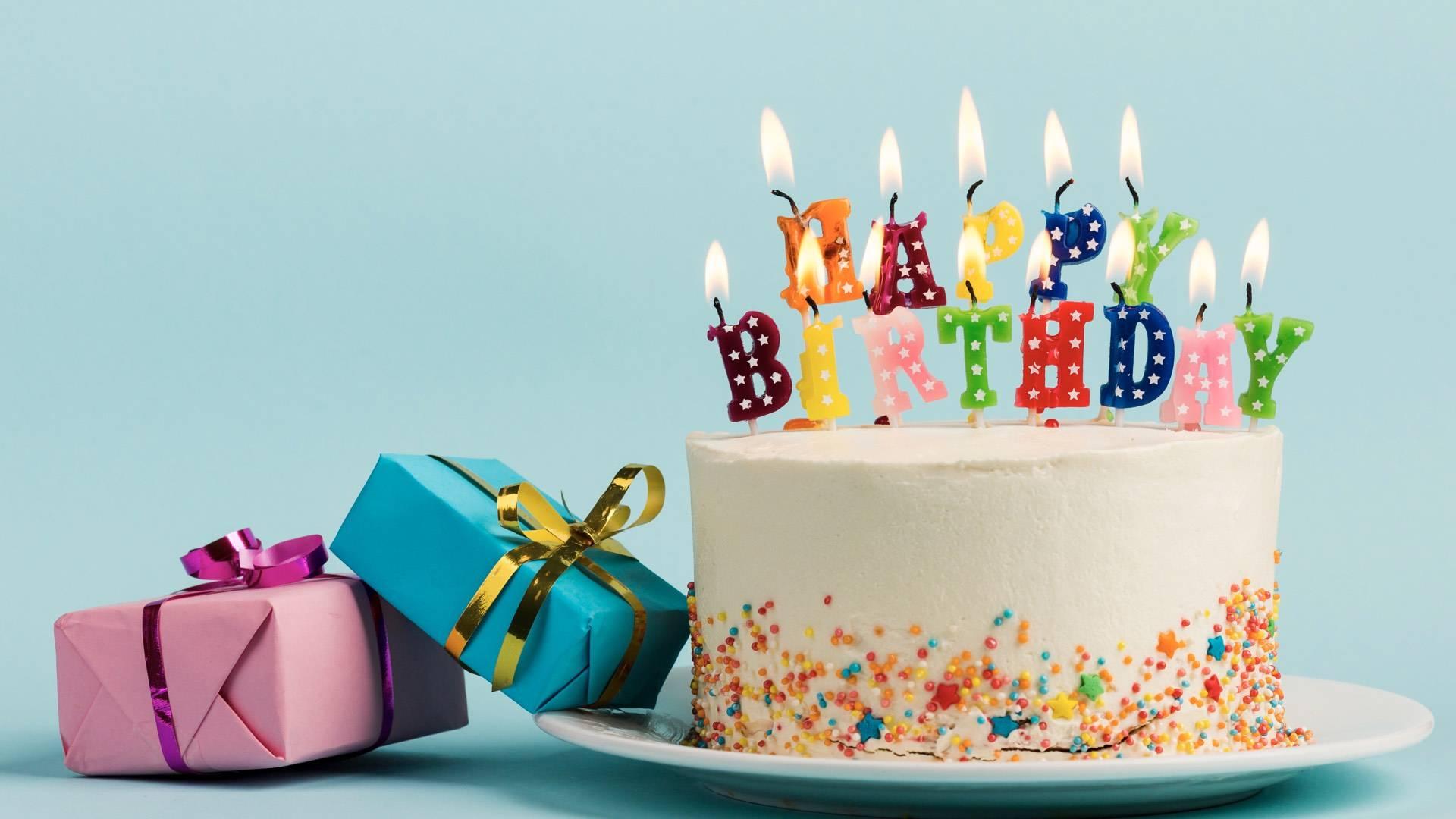 Birthday Gift yang Surprise untuk Pasangan LDR
